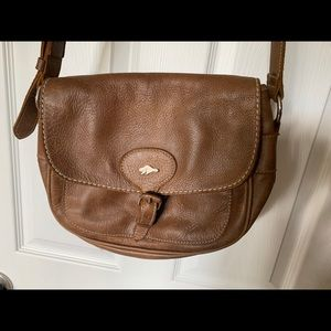 79a8e95caa Canada Roots Brown Leather Purse Lightly Used